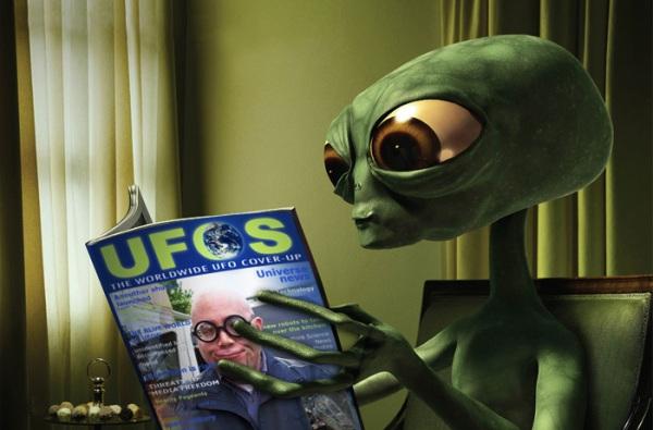 alien-reading-material