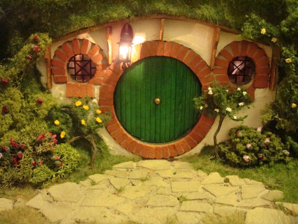 Bilbo Baggins And His Lovely Door on Hobbit House Plans Floor