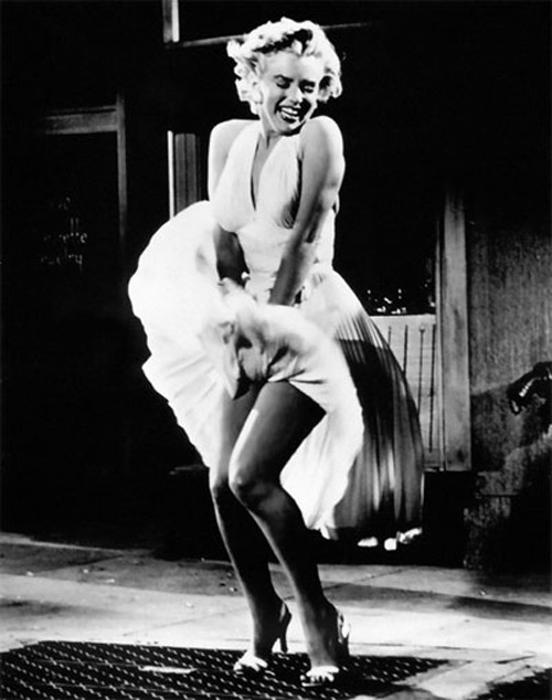 Marilyn_Monroe_skirt-t2mx