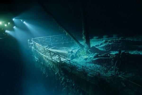 titanic-bow-615